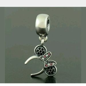 Auntentic PANDORA charm 925 Sterling Silver